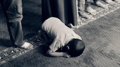 Photo of Din'e Teslim Olmak Mı, Din'i Teslim Almak Mı?